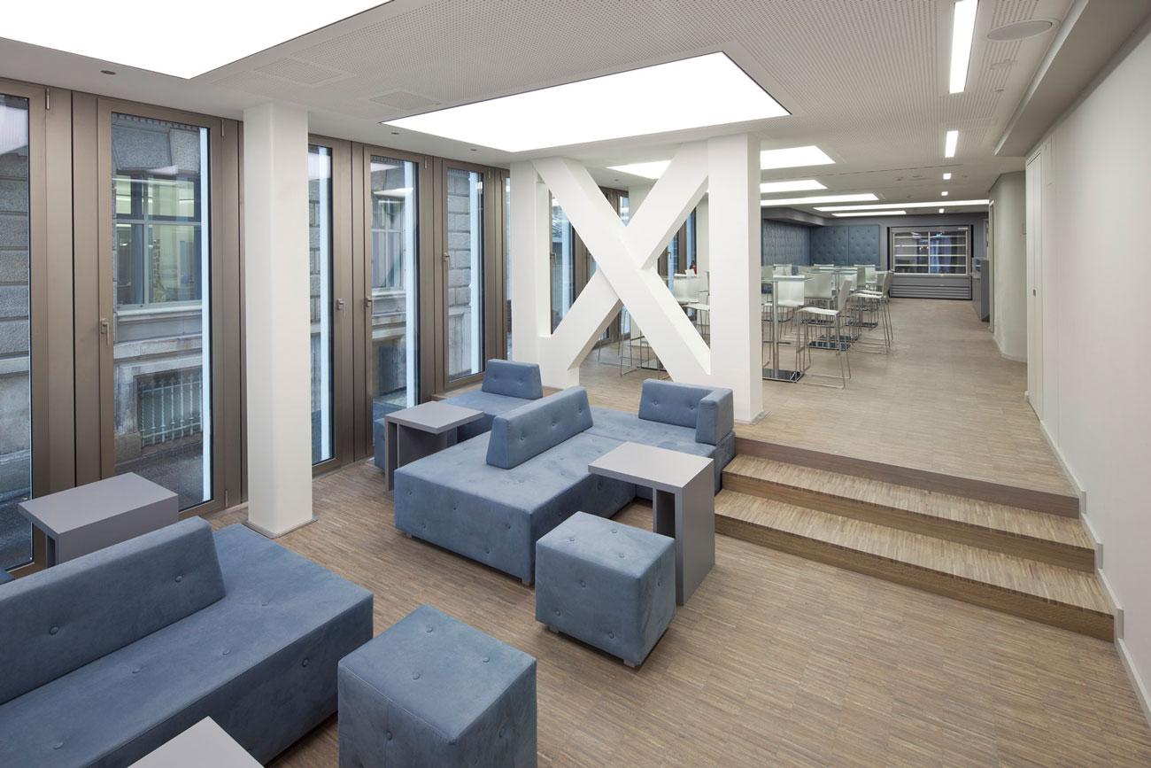 Büro- Schulungsgebäude